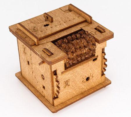Cluebox - Ein 60 min Escape Room in einer Box